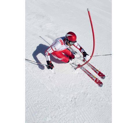 Для катания на подготовленных трассах или нетронутых снежных склонах  магазины «Манарага» предлагают всё необходимое - горные лыжи, горнолыжные  ботинки, ... 91164da092d